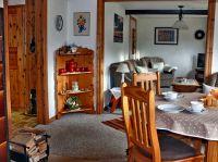 Kachelofen für gemütliche Abende ist vorhanden. - Bild 3: Ferienhaus alte Schmiede Habertwedt